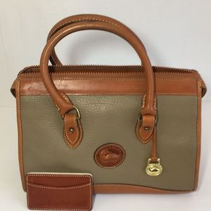 Vintage Dooney & Bourke Bag/Card Holder